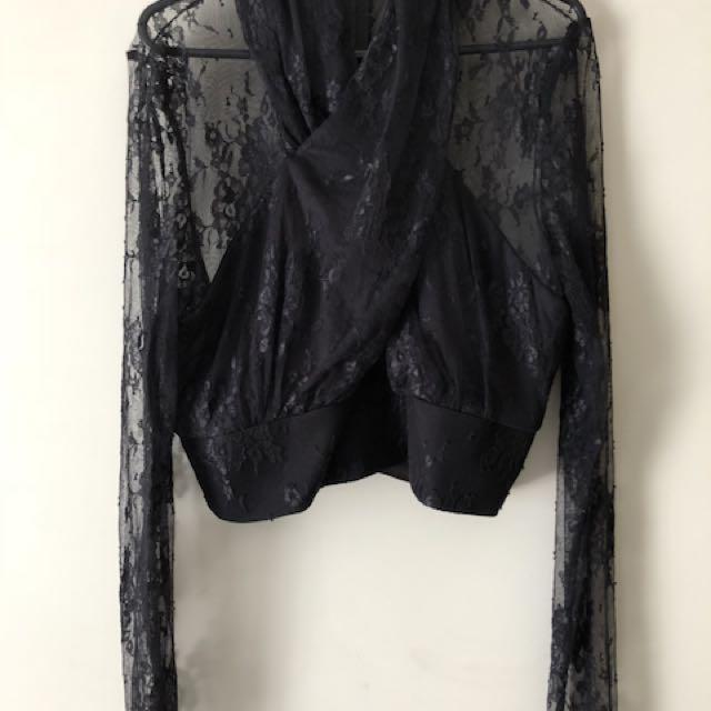 Boohoo black lace top