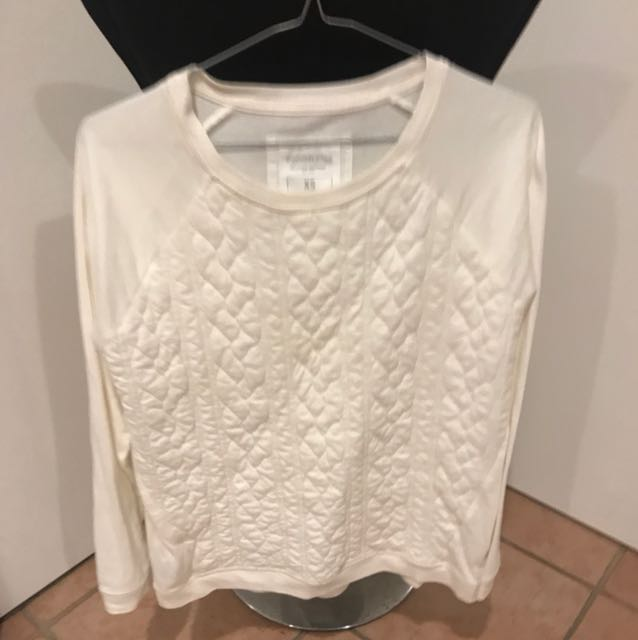 Country road XS cream jumper