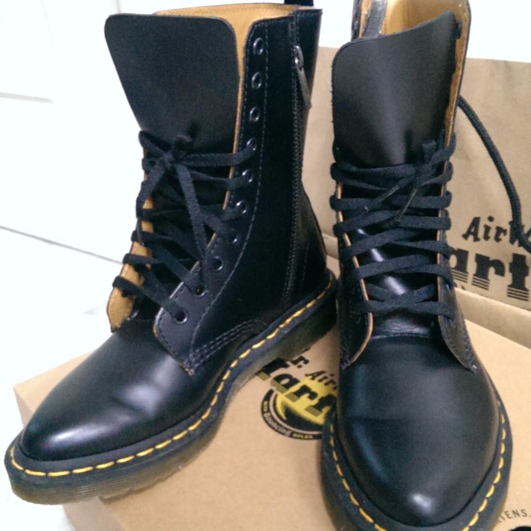 Dr. Martens Alix 10-Eye Zip Boot (Women s) 347f2c5b7c