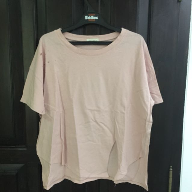 Dust pink ripped tee