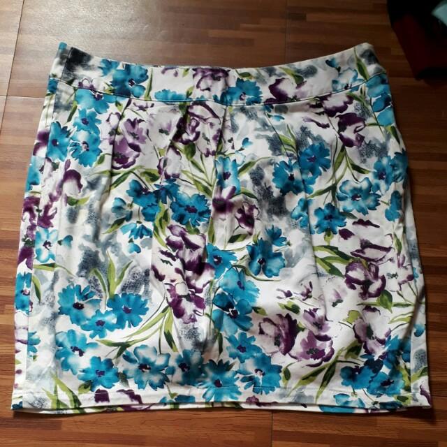 Floral bubble skirt