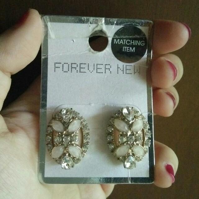 Forever New Dusty Pink Earrings