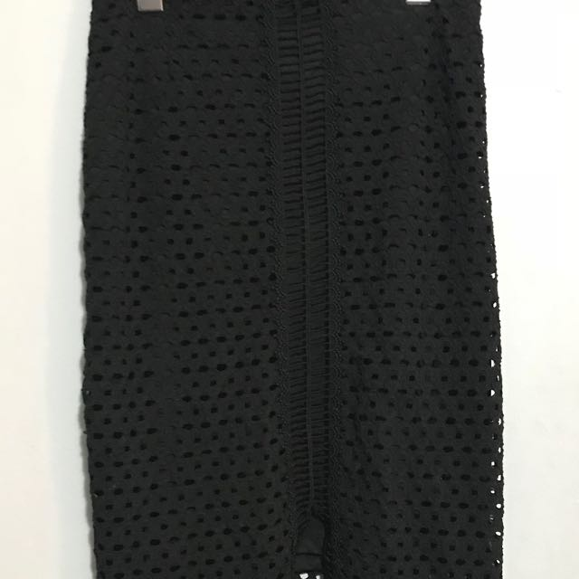 HM black mesh pencil skirt with slit