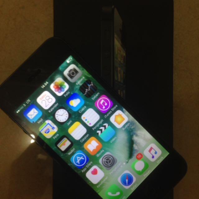 Iphone 5 16gb space gray 4G resmi lengkap