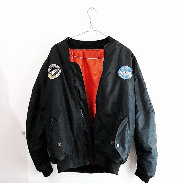 Jaket NASA