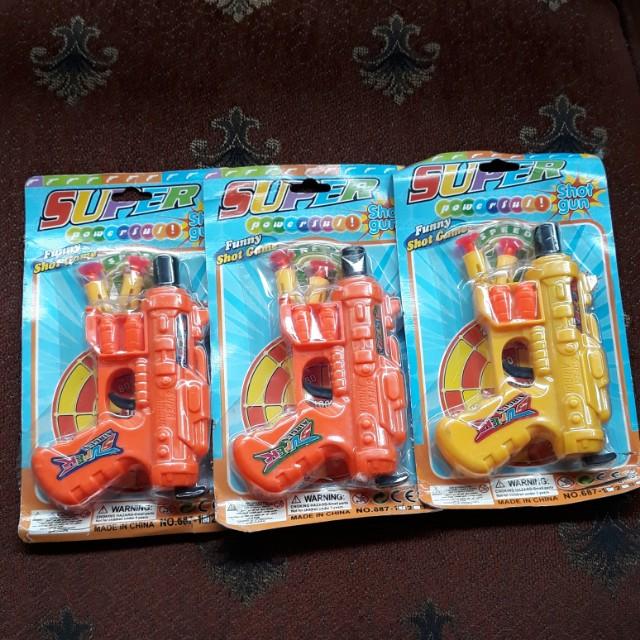 Mainan pistol