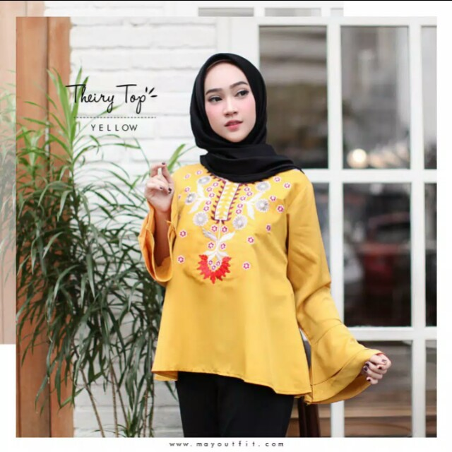 MayOutfit Theiry Top
