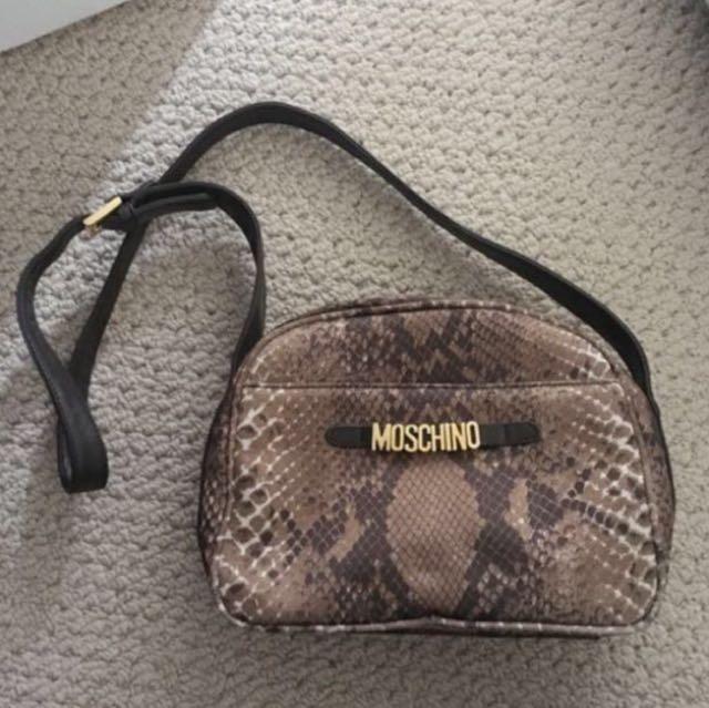 Moschino bag replica