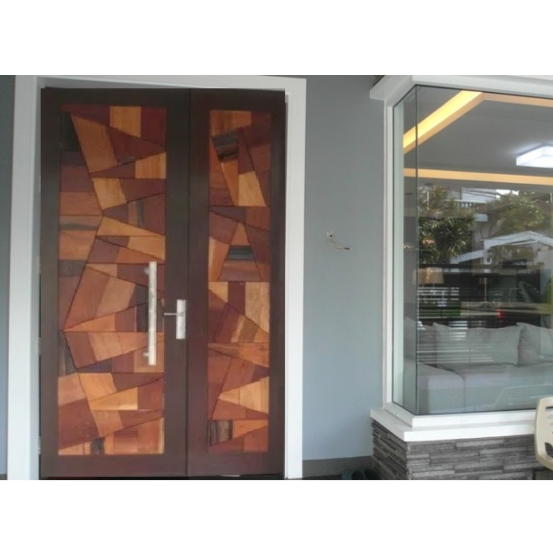 NEAR DILIMAN 285SQM House and Lot in SUBDIV Quezon City Townhouse Sale