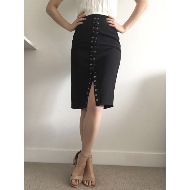 NEW ✨Black Split Midi Skirt