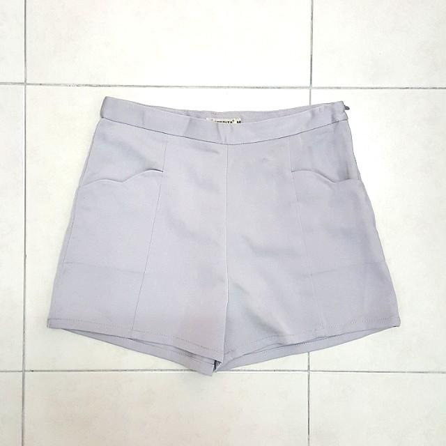NEW Scallop Pockets Shorts
