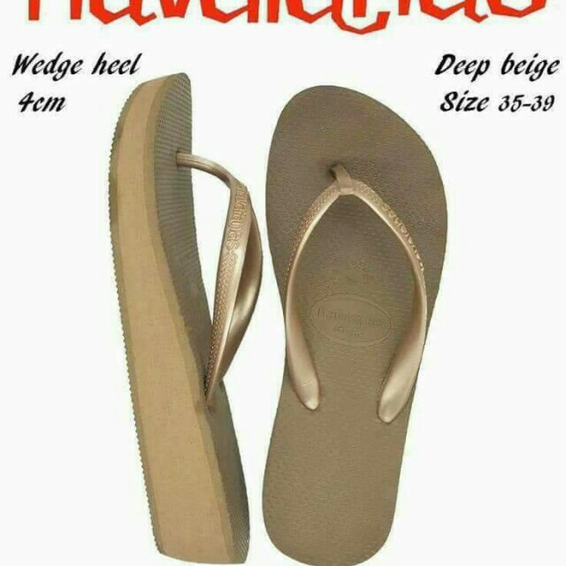 new stocks and new design ☺️🙈 Havaianas overruns for women Size 35 to 39 Not class a! Not replica!  Pm for order/price  Open for resellers 🤗
