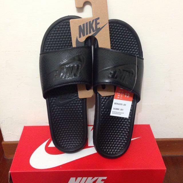 全新Nike Benassi 拖鞋