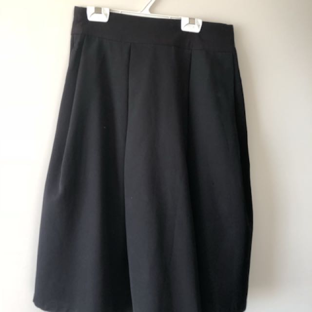 Paper scissors black midi skirt