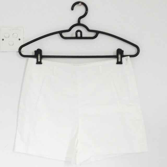 [PL] SEED White High-waisted Shorts