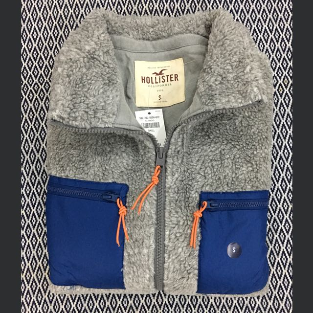 (S) Authentic Hollister Sherpa Mockneck Jacket
