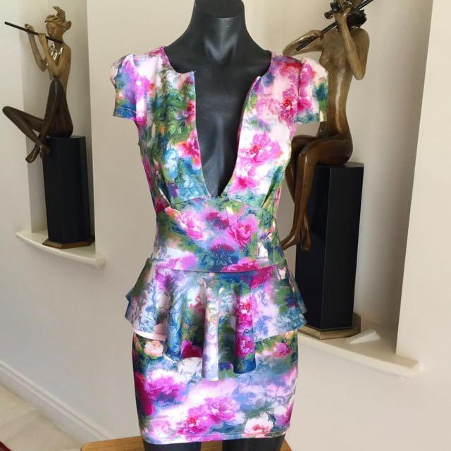 (S) LIONESS FLORAL DRESS