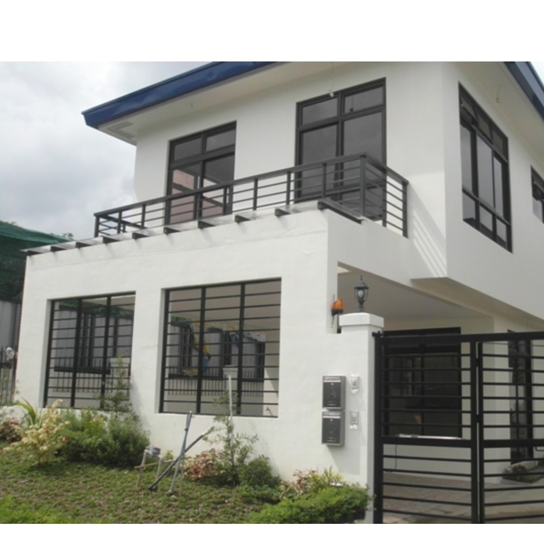 Quezon city single detached 2 car garage 4 bedrooms near for 2 houses on one lot for sale