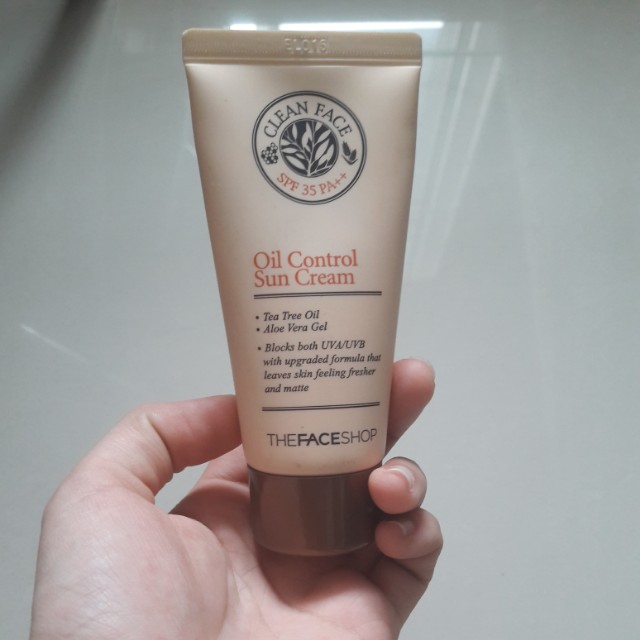 The Face Shop Clean Face SPF 35 PA++