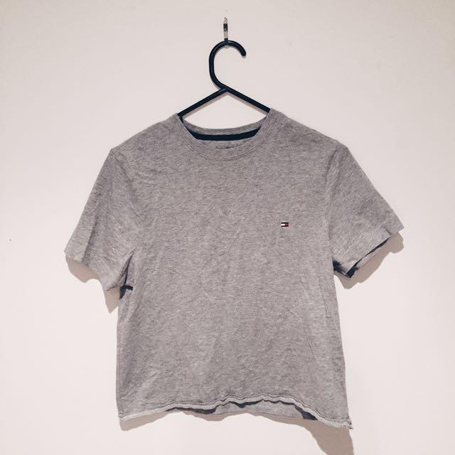 Tommy Hilfiger Cropped Tee Size XS