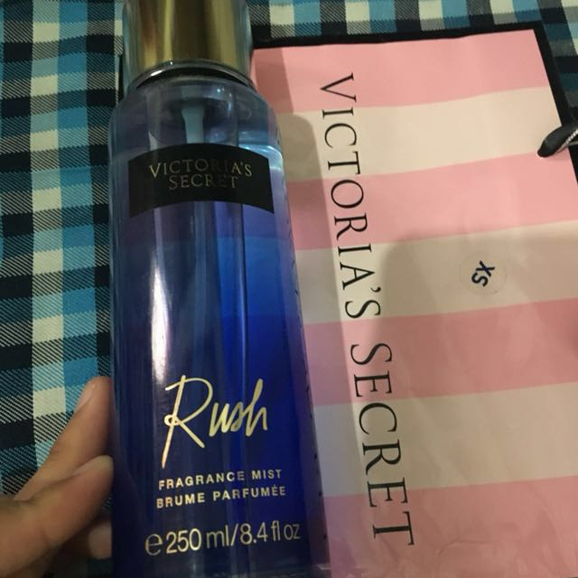 Victoria Secret fragnce mist Authentic (Rush)