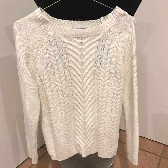 White knit jumper size M worn once