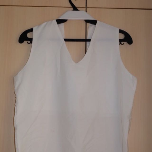 White Top (BUY 3 TOPS FOR 200)