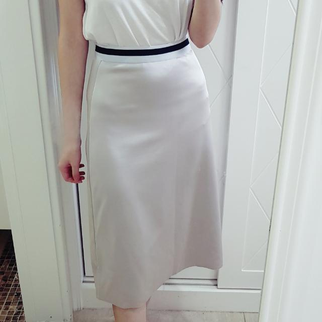 zara金屬色淺色彈性長裙s號