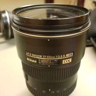 Nikon 17-55mm f2.8