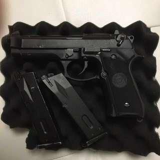 Wargame Airsoft M92F pistol (Full Auto)