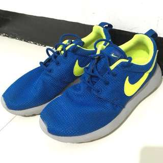 Nike Roshe Run Royal Blue and Flourescent Green