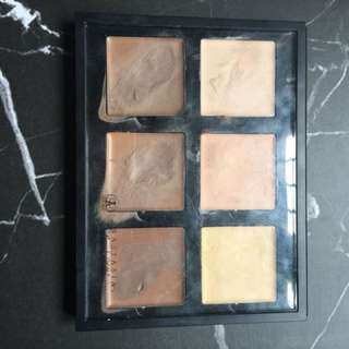 ABH contour kit shade LIGHT