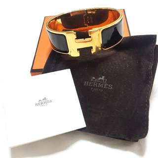 HERMÈS H Clic Clac Bracelet, Gold plated, Black Enamel, Wide, Size GM Includes: dust bag and box Only used twice
