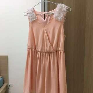 正韓粉色小洋裝
