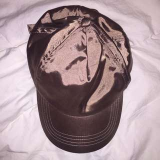 silence + noise satin hat