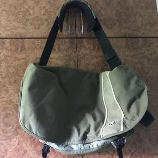 Crumpler shoulderbag