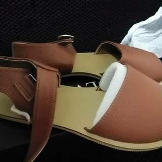 Velvet women shoes size 35