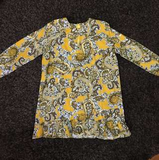 Girl yellow/brown paisley blouse
