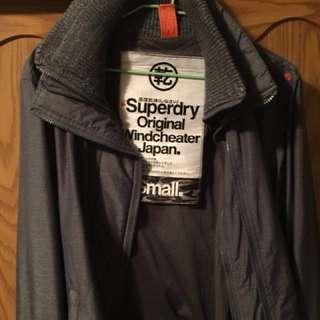 Superdry極度乾燥防風外套(S)號