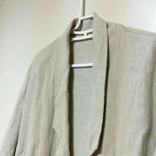 🚚 棉麻 淺卡其 西裝領 繭型 外套