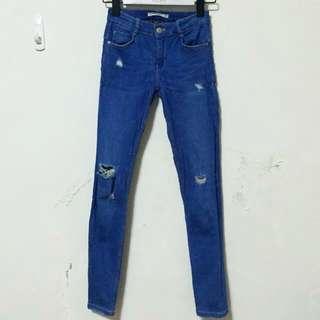 Zara 彈性布牛仔褲