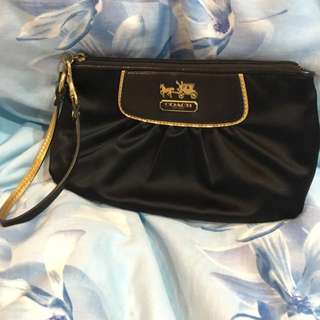 Coach Amanda Satin Large Capacity Wristlet (AUTHENTIC)