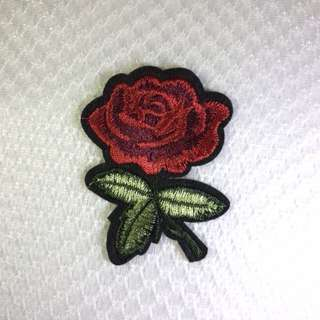 Red Rose iron / sew on embroidery patch / batch / emblem