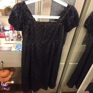 黑色蕾絲長裙