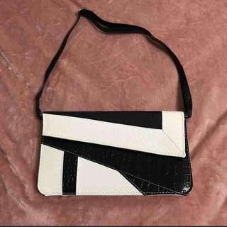 🚚 幾何手拿包 #雙十一女裝出清