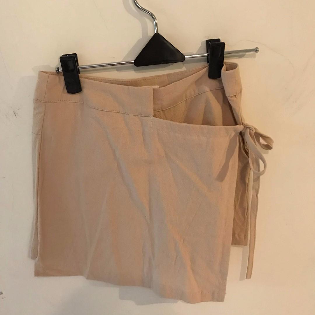 杏色綁帶不規則褲裙