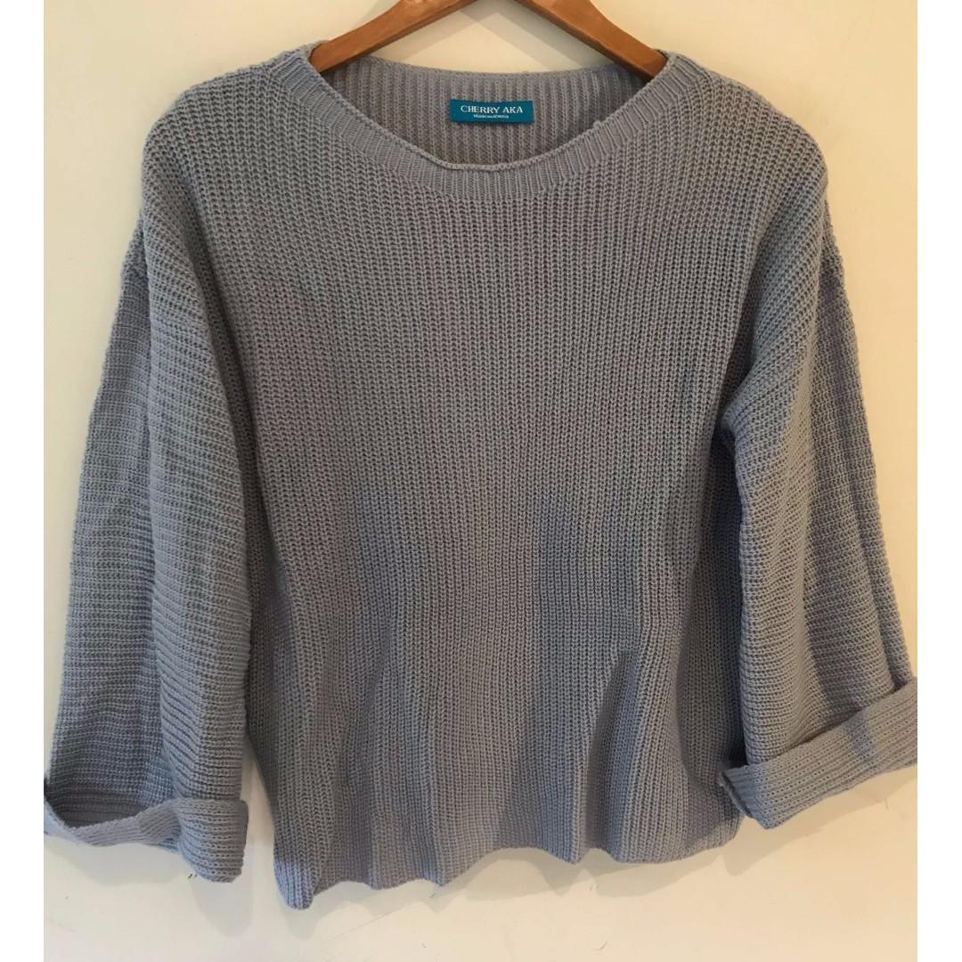 藍紫寬鬆針織毛衣