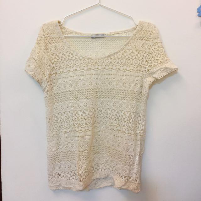 米白色短袖蕾絲罩衫