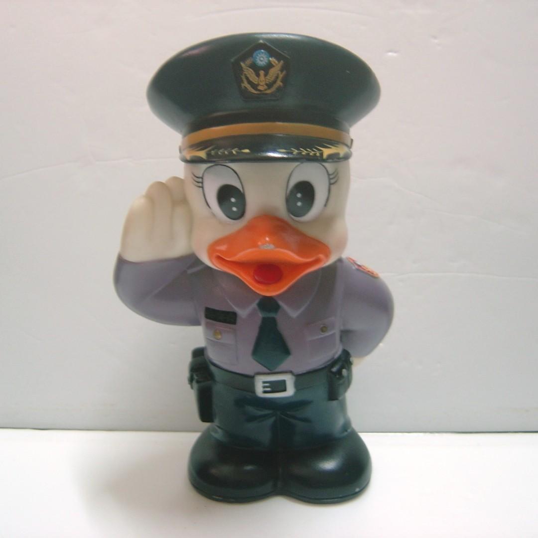 警鴿公仔撲滿 警察制服鳥公仔 存錢筒收藏擺飾娃娃 警光雜誌社設計~