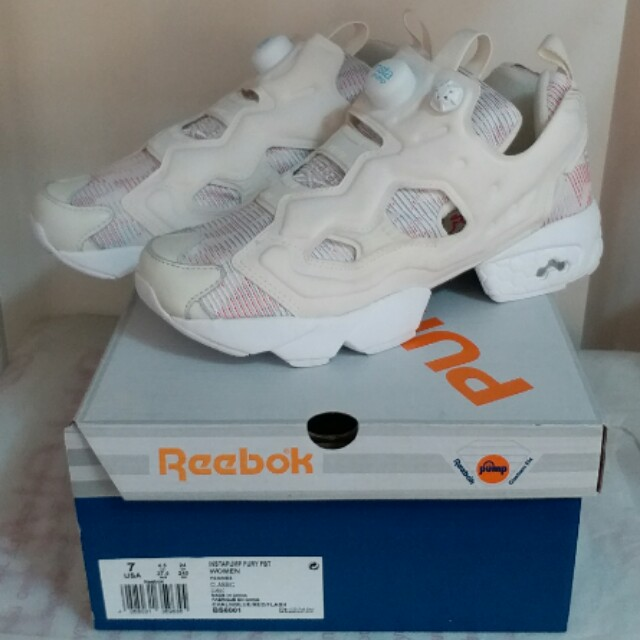 cf339e6ce11 全新女裝Brand New Women Reebok Insta pump Fury FBT Chalk White 米白BS6001 UK4.5    UK5   UK5.5 on Carousell